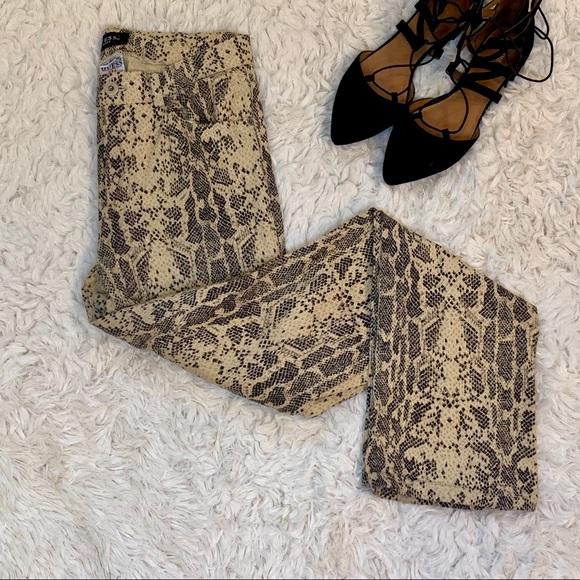 Guess Denim - Vintage guess snakeskin print denim jeans